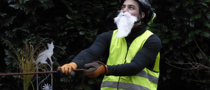 Jugendlicher Dschihadist bei seinem neuen Beruf
